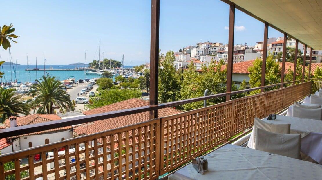 _restaurant balcony view_resized